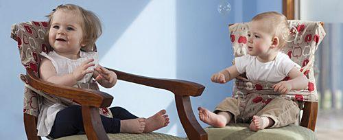 Opvouwbare Reis Kinderstoel.Totseat Opvouwbare Kinderstoel Past Op Iedere Eetkamerstoel